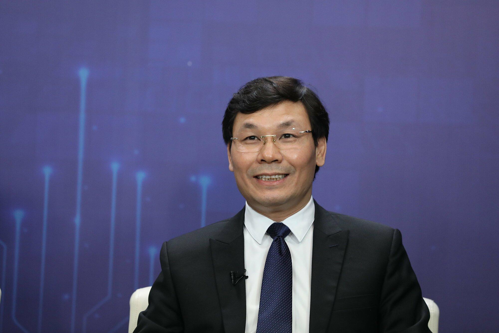 Ông Mai Hồng Anh - Giám đốc Trung tâm Nghiên cứu và Phát triển MobiFone cho rằng, nếu không bắt đầu thử nghiệm 5G, sẽ hạn chế sự phát triển trong nhiều lĩnh vực.