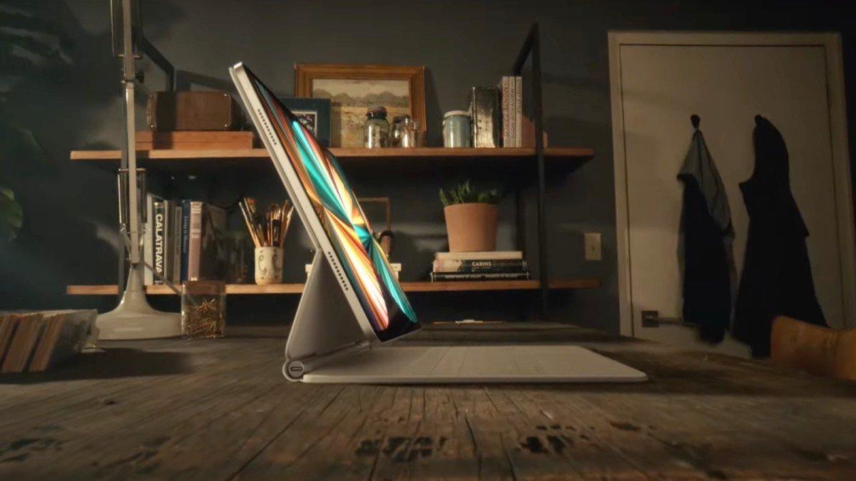 iPad Pro 2021 bản 12,9 inch sẽ dày hơn model tiền nhiệm do dùng công nghệ màn hình Mini LED.