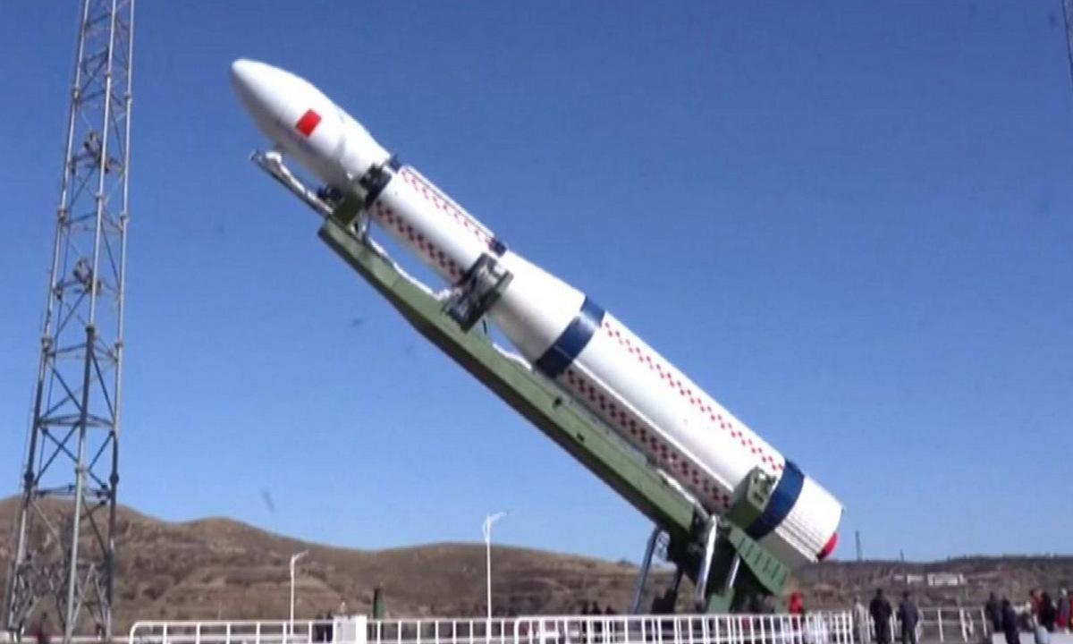 Tên lửa mang vệ tinh 6G thử nghiệm của Trung Quốc trước đợt phóng năm 2019. Ảnh: SCMP.