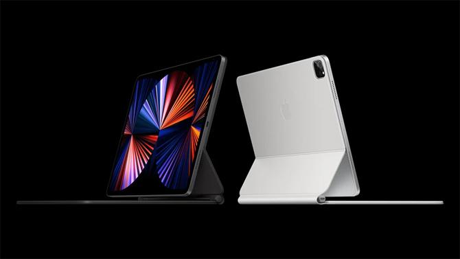 Nếu muốn sử dụng bàn phím, người mua iPad Pro 12,9 inch mới bắt buộc phải sắm Magic Keyboard mới.