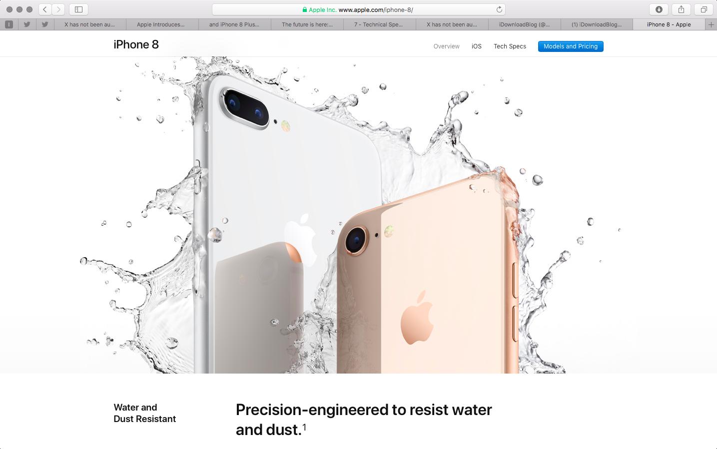 Apple quảng cáo tính năng chống nước của iPhone 8 trên website.