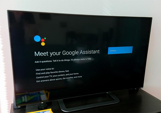 TV Samsugn có thêm tùy chọn Google Assistant bên cạnh Bixby.