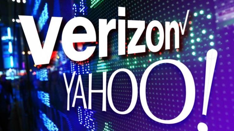 Verizon phải bán lỗ Yahoo sau nhiều năm không có doanh thu.
