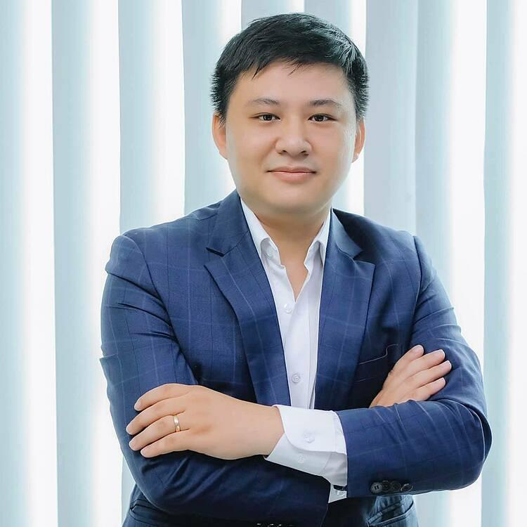 Hồ Quốc Đạt, sinh năm 1992, đồng sáng lập, kiêm CTO của VietMoney.