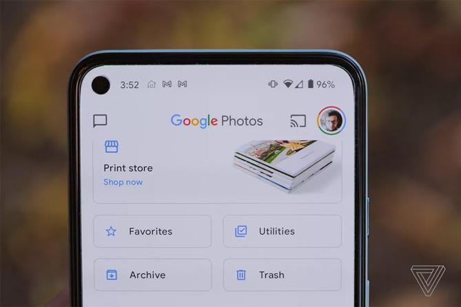 Google Photos chỉ cho lưu miễn phí đến hết hôm nay, 31/5/2021. Ảnh: Verge