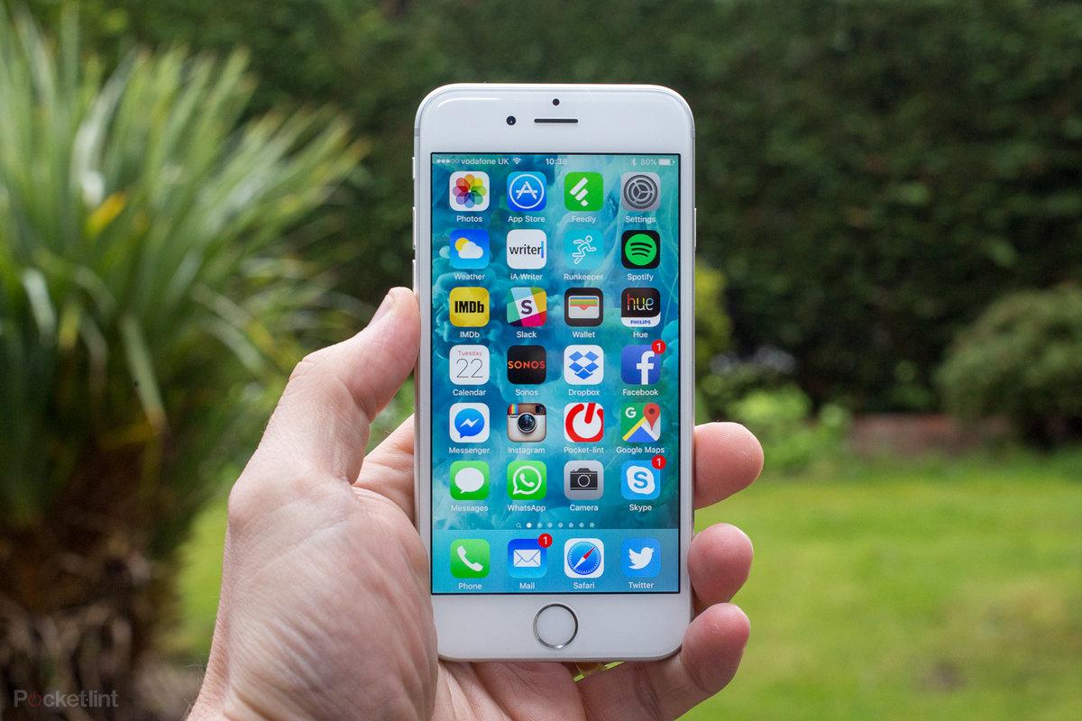 iPhone 6s vẫn nằm trong danh sách cập nhật iOS mới. Ảnh: Pocket-lint.