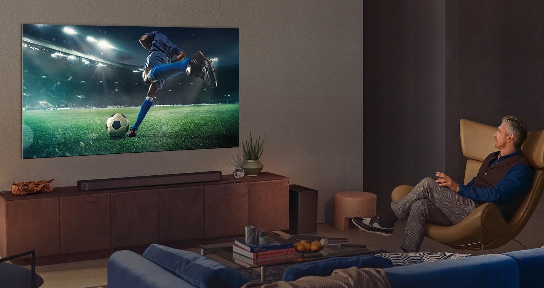 TV kích thước lớn với tính năng xem đa màn hình giúp bạn có trải nghiệm tốt nhất khi xem các trận đấu Euro.