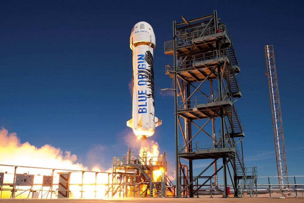 Jeff Bezos sẽ là tỷ phú đầu tiên bay vào vũ trụ vào 20/7 tới. Ảnh: Blue Origin.