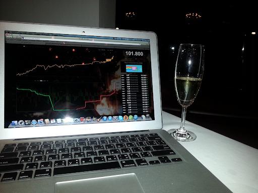 Jay chia sẻ hình ảnh về ngày Bitcoin lần đầu vượt mốc 100 USD vào 1/4/2013. Ảnh: Jay.