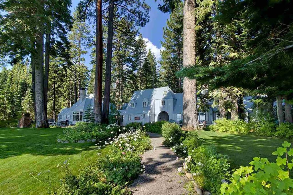 Biệt thự Carousel bên hồ Tahoe của Mark Zuckerberg.