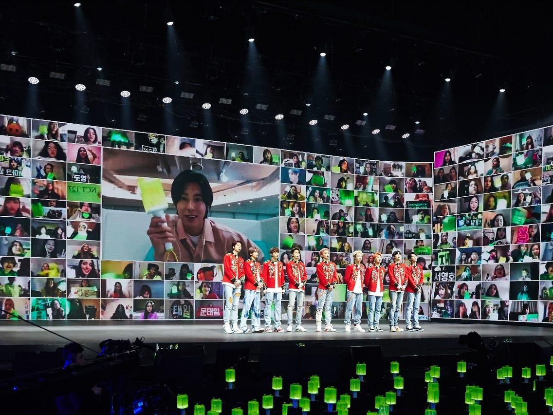 Một chương trình hòa nhạc trực tuyến của thần tượng Hàn Quốc Ảnh: Insider.