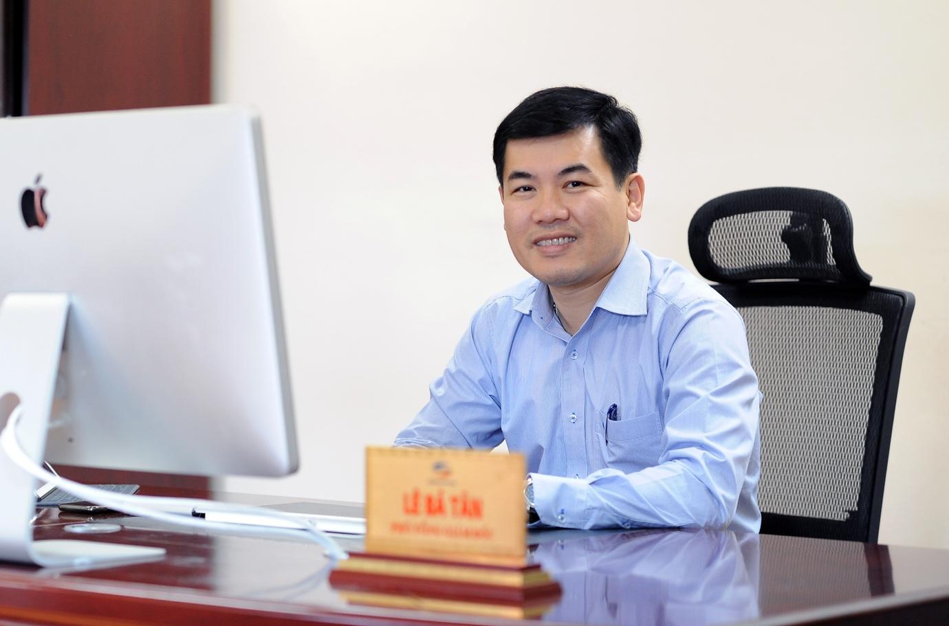 Ông Lê Bá Tân - Phó Tổng giám đốc Viettel Networks.