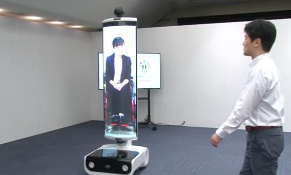 Robot giao tiếp từ xa cho phép khán giả tham dự Thế vận hội mà không cần rời khỏi nhà. Ảnh: Toyota.