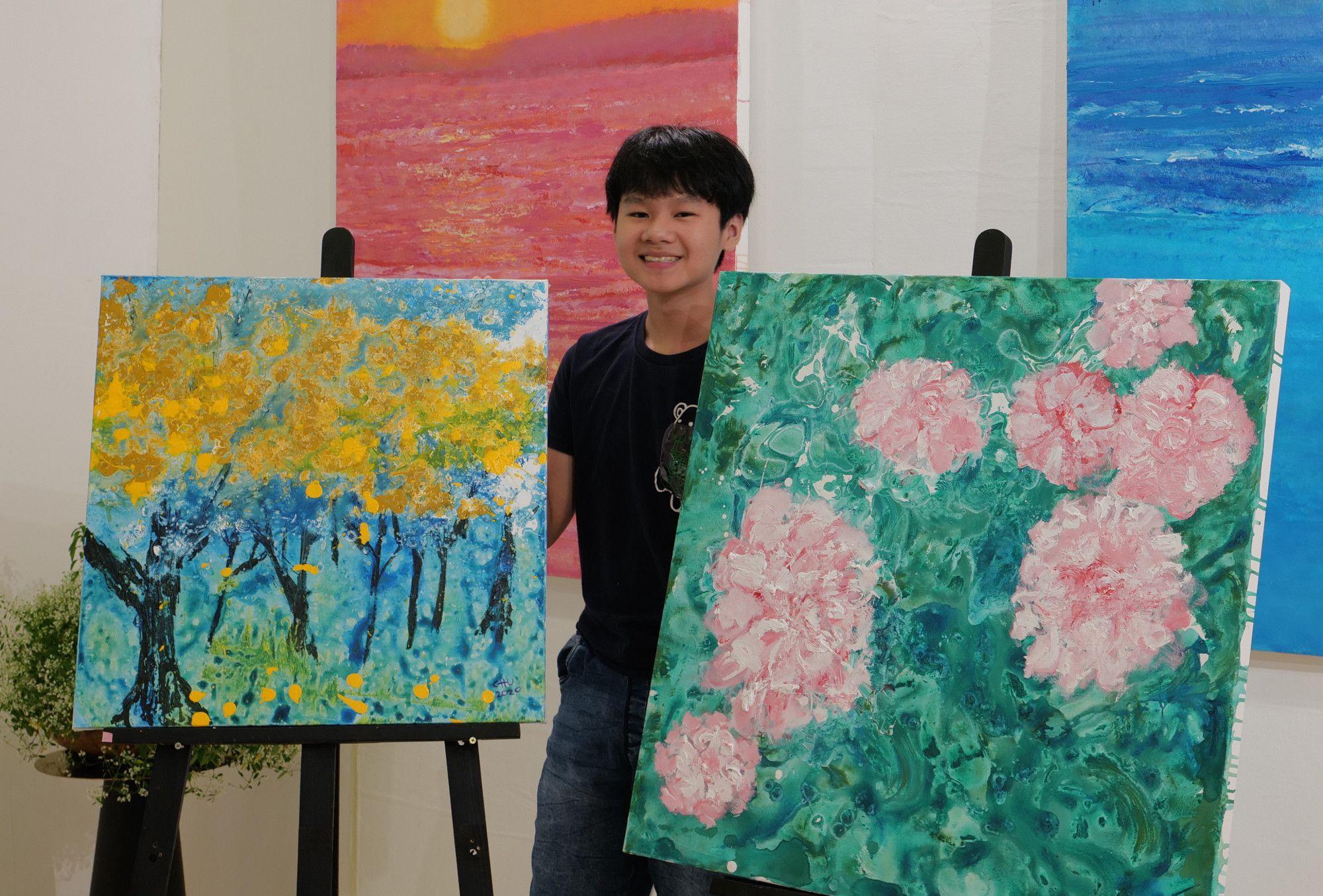 Nghệ sĩ trẻ Xèo Chu được cộng đồng nghệ thuật quốc tế biết đến với những tác phẩm nghệ thuật có thể so sánh với danh họa người Mỹ Jackson Pollock.