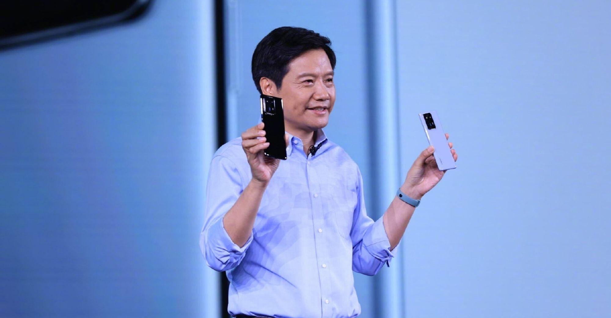 CEO Lei Jun trong buổi ra mắt loạt sản phẩm mới của Xiaomi hôm 8/10. Ảnh: Xiaomi
