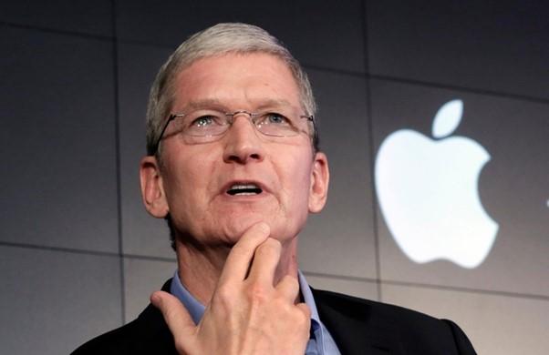 Tim Cook trở thành CEO của Apple cách đây một thập kỷ. Ảnh: AP