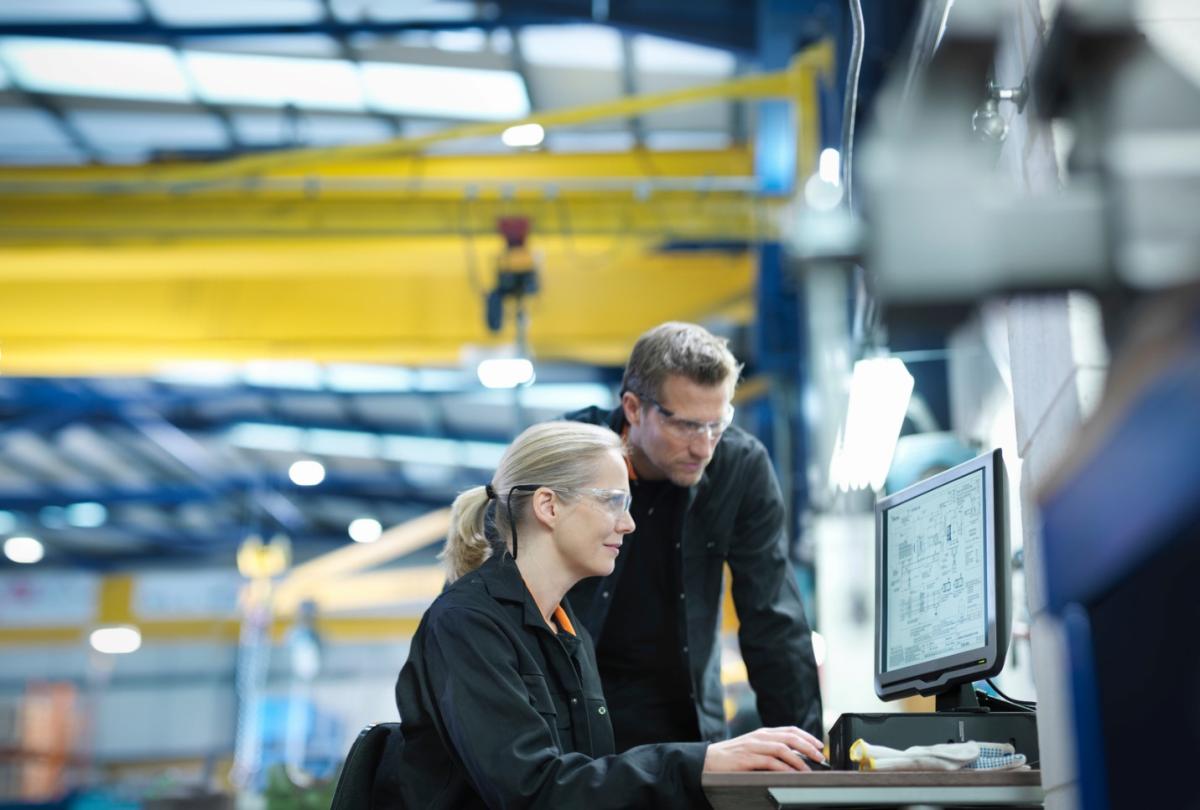 Doanh nghiệp có thể tận dụng nguôn  dữ liệu biên mạng để hiểu chính xác tình trạng vận hành của nhà máy
