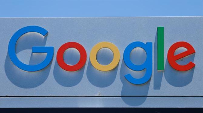 Bảng hiệu của Google bên ngoài một văn phòng của công ty tại California (Mỹ). Ảnh: Reuters