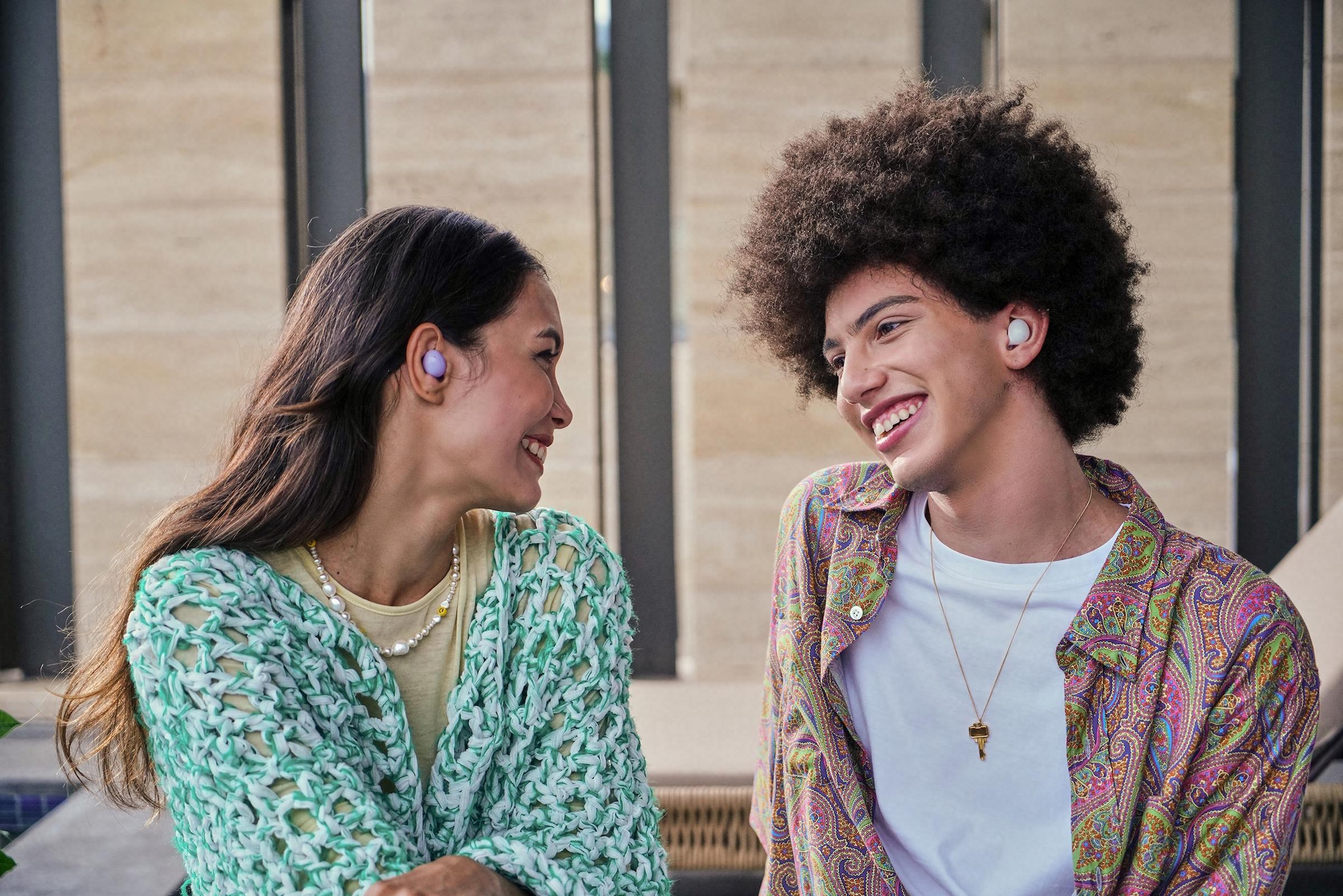 Người dùng có thể tận hưởng âm thanh liền mạch, sống động hơn.