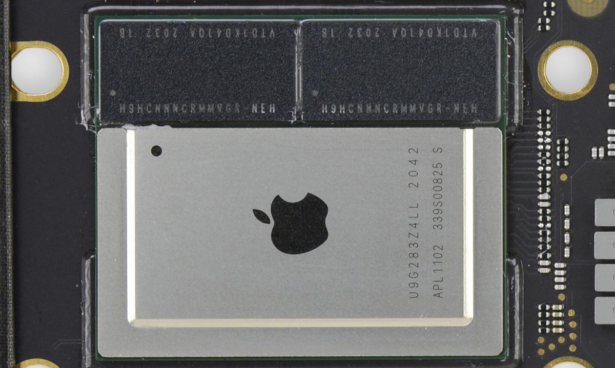 Chip M1 trên dòng Macbook Air của Apple. Ảnh: iFixit.