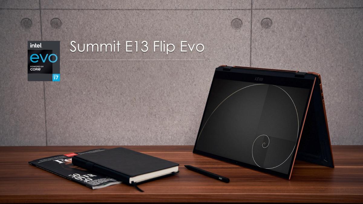 Chiếc Summit E13 Flip Evo có màn hình cảm ứng cùng máy bút cảm ứng đi kèm.