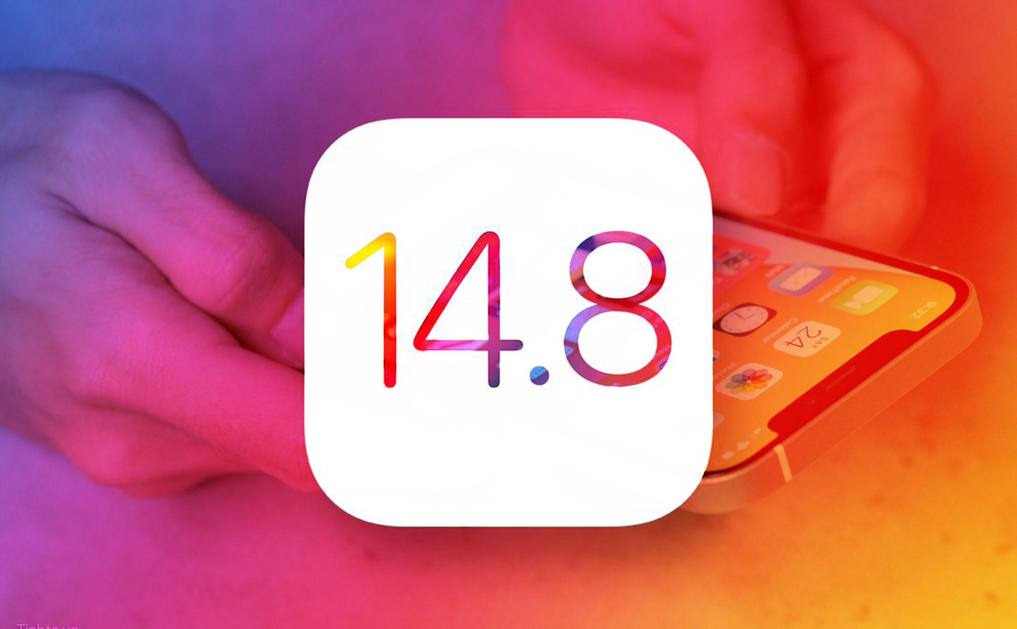 Apple khuyến cáo người dùng iPhone nên cập nhật bản iOS 14.8 mới nhất, đồng thời cũng nên làm điều tương tự với Apple Watch và máy Mac. Ảnh: Phonearena