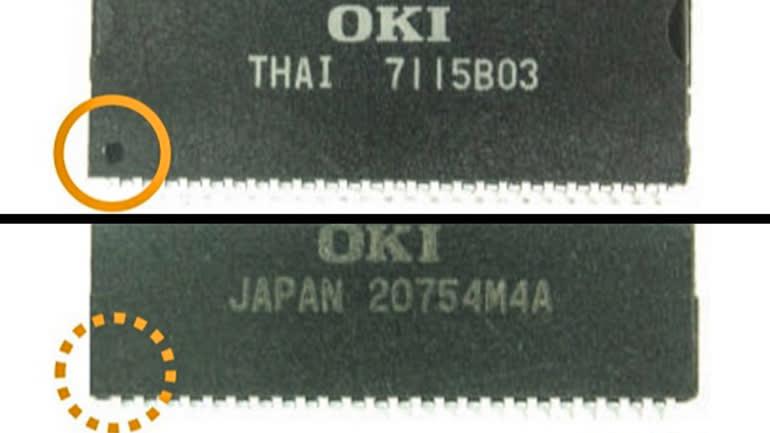 Chip thật được đánh dấu ở package (ảnh trên), trong khi chip giả (ảnh dưới) không có dấu hiệu này. Ảnh: Nikkei Asia