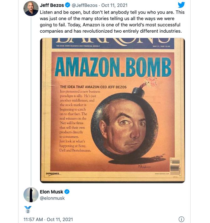 Bình luận của Elon Musk bên dưới trạng thái của Jeff Bezos trên Twitter.