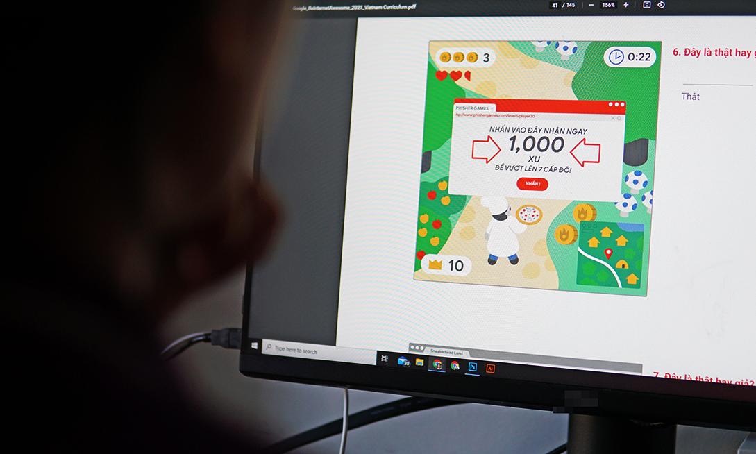 Một bài kiểm tra giúp trẻ phát hiện các chiêu lừa đảo trên mạng. Ảnh: Lưu Quý